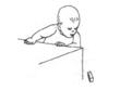Развитие ребенка 6 месяцев. Провожает глазами игрушку